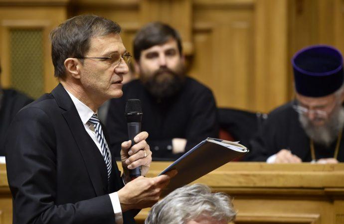 Ioan-Aurel Pop respinge acuzaţiile de colaborare cu fosta Securitate