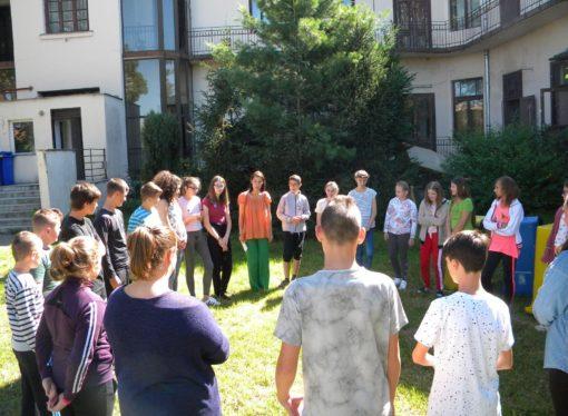 Fakultatív magyarórákra járó diákoknak szerveznek tábort Aradon