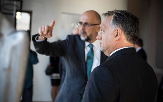 Sondaj UDMR: Maghiarii din România sunt decuplați complet de presa în limba română și aderă la mesajele anti-UE ale lui Viktor Orban